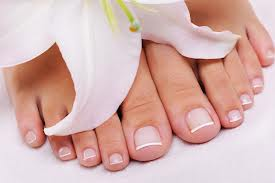 Tea Tree Oil for Sandal-Ready Toes